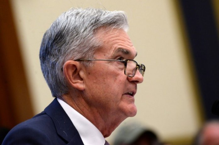 Powell indicates rate cut